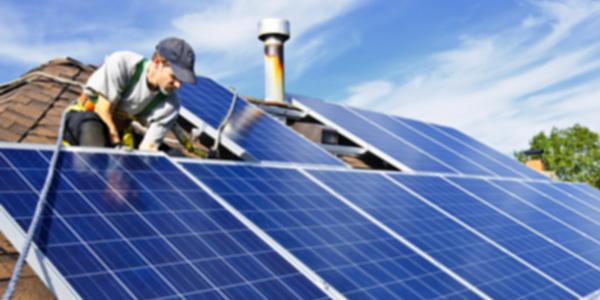 Subsidie op zonnepanelen voor bedrijven? - De Groene Bron