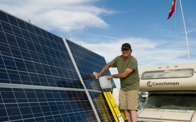 Hoe onderhoud ik mijn zonnepanelen?