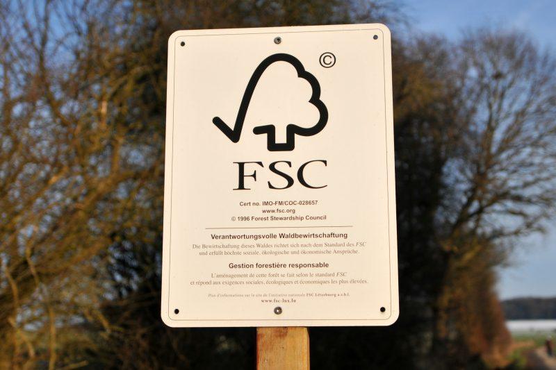 FSC keurmerk in bos